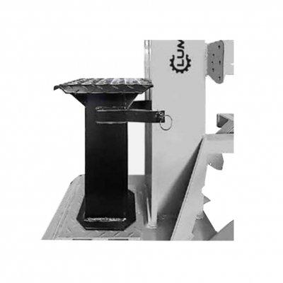 Klooftafel tbv Lumag HEZ25 houtkloofmachine