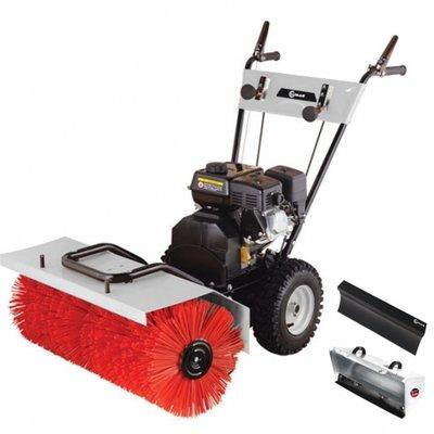 Lumag, sterke veegmachine KM800, ook in te zetten als Sneeuwruimer!