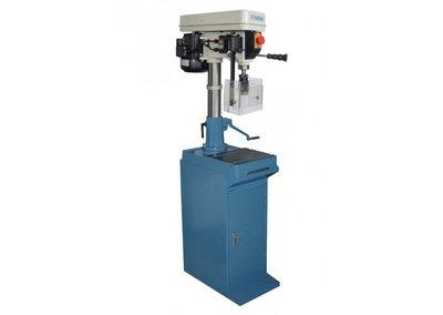 Tafelboormachine model CH 18 WT op onderkast, Professionele kolomboor machine met een capaciteit van 20-mm